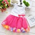 Frete grátis! 2016 meninas de verão vestir meninas pétala de rosa cor do vestido hem bonito vestido de princesa meninas vestido do bebê 1 - 5 anos