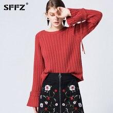 Эластичность вязаный свитер леди с расклешенными рукавами