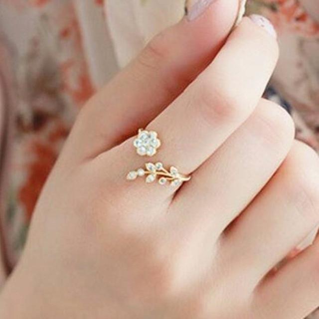 Korean fashion style Crystal ring twisted leaves wishful ...