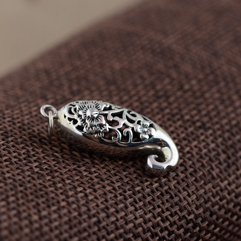 Deer King silver jewelry wholesale Sterling Silver Antique Style carved flowers rich fish pendant accessories