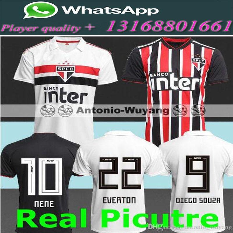 Compra soccer red jersey y disfruta del envío gratuito en AliExpress.com 2221c09ed
