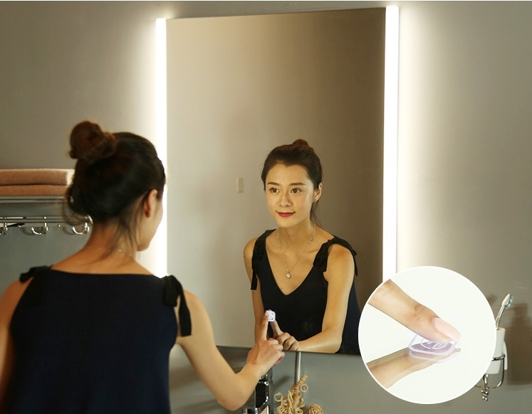800x600mm LED Mirror / Bathroom Defogger Mirror /  Wet Location / 220V LED Lighted Mirror / Futuristic Chic Glossy 4