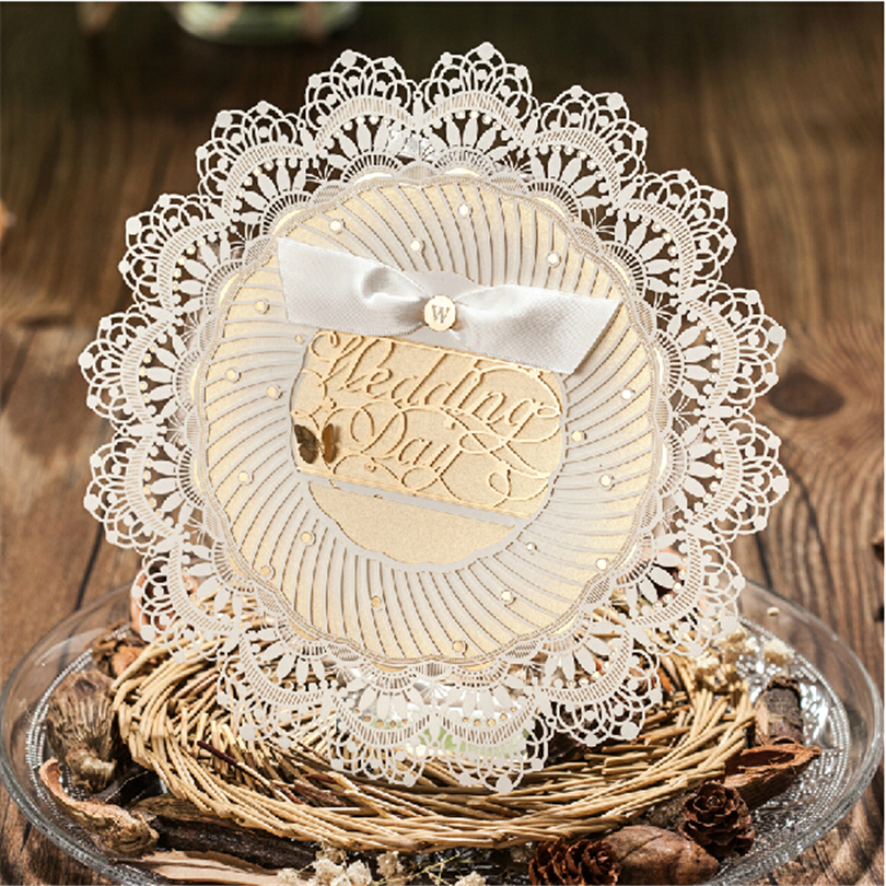 Round Wedding Invitation Paper Lace Elegant Butterfly White Flower ...