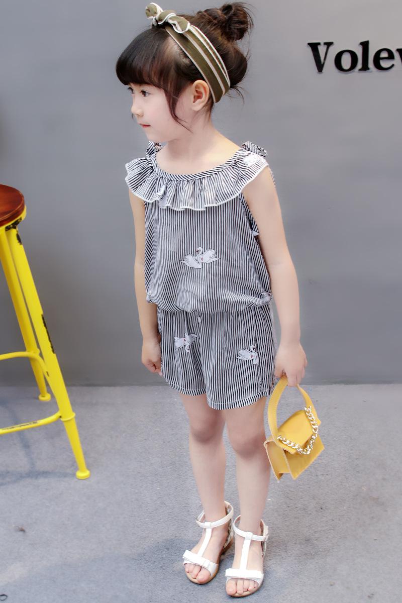 HTB1QGbNoFGWBuNjy0Fbq6z4sXXaF - (4 sets/lot) New 2018 Summer Girls' Clothing Sets Striped T-shirt & Shorts Baby Girl 2 PCs Set  8042615