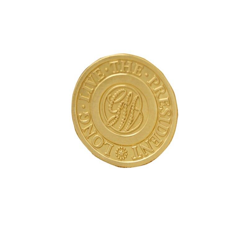 Electroplated Gold Badge Hot Round Zinc Alloy Badges