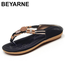 BEYARNE szybka dostawa kobiety sandały 2018 miękkie PU skórzane sandały Rhinestone kobiety letnie modne klapki sandały damskie buty