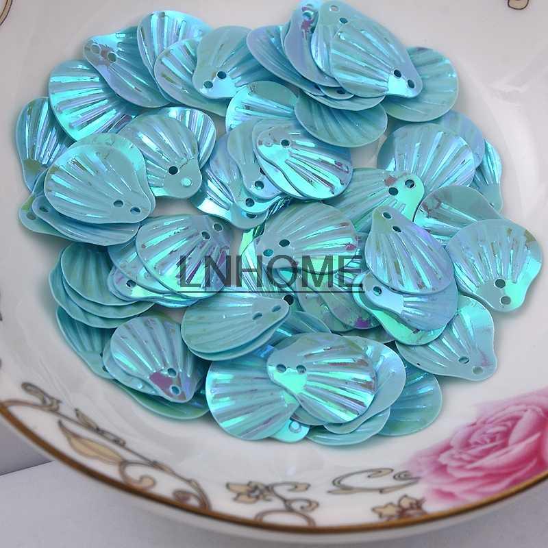 450 adet 13mm Büyük Kabuk Payetler Gevşek PVC Payetler El Sanatları Dikiş DIY Dans Elbise Giyim Aksesuarları Açık Mavi AB Payetler