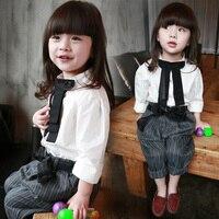 Chegam novas Meninas Do Bebê Chothing Conjunto branco T shirt + calças listradas Definir moda crianças roupas de verão terno 2 ~ 6 ano