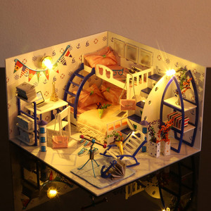 Kid DIY Assemble Doll House Ki