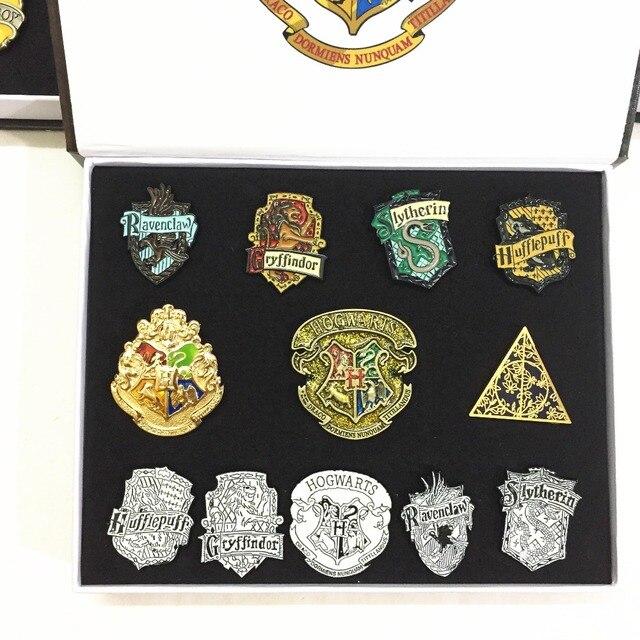 Наборы брошек С эмблемами кинофильма Гарри Поттер 1
