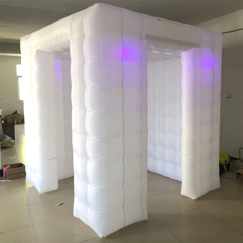 White booth 01