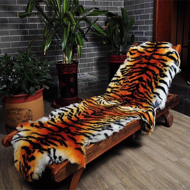 5656db2ce546d Imitar a pele do tigre quarto sala tapete tapetes de lã de pele da pele do
