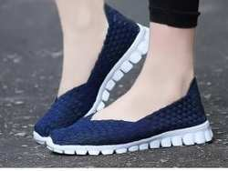 2018 г. Новая одноногая повседневная обувь в Корейском стиле, легкая обувь без застежки на плоской подошве с закрытым носком