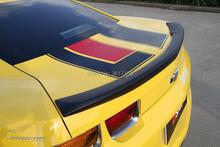 Спойлер для багажника из углеродного волокна предназначен camaro