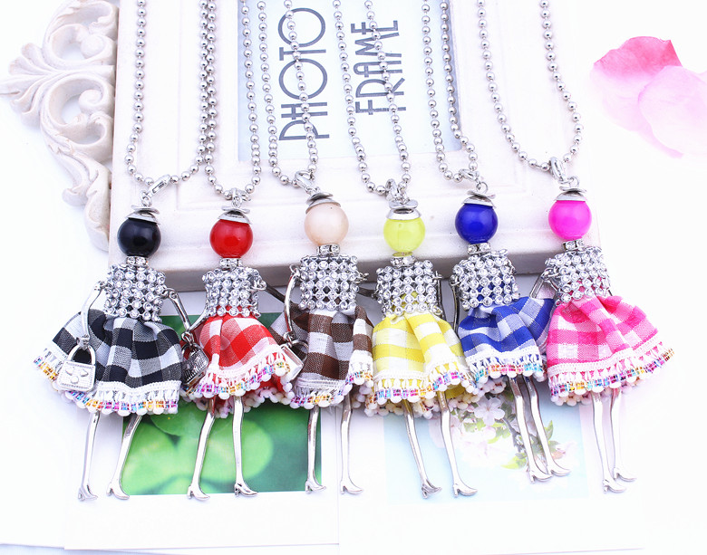 Hot sale Doll Dress Handmade Necklace Pendant trendy 2016 New Alloy Girl Women Doll Necklace Fashion Cute Jewelry Accessories