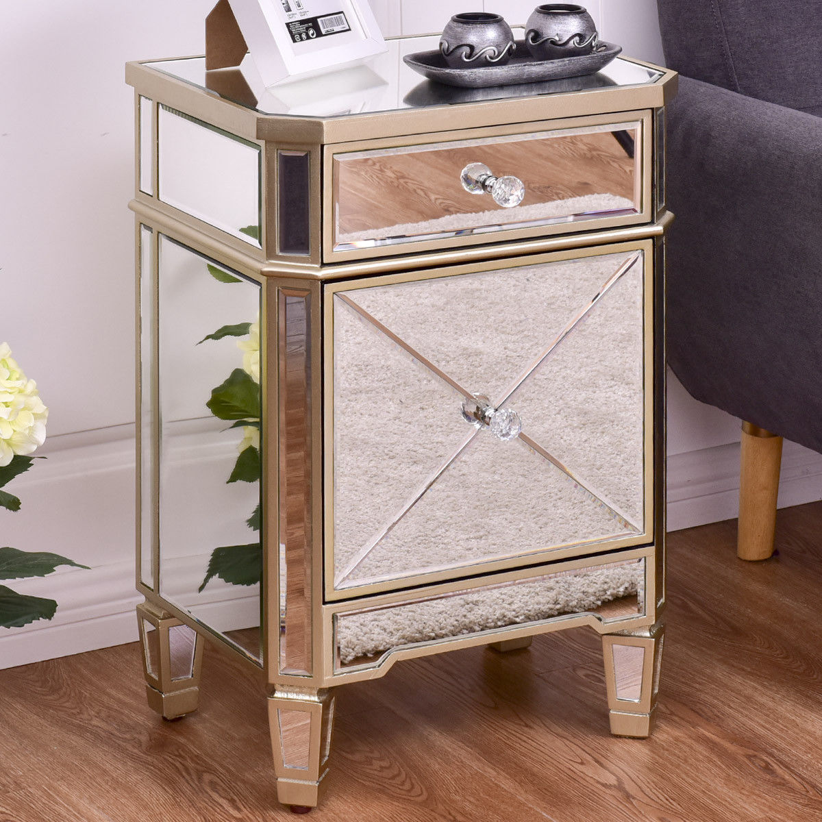 Giantex Modern Mirrored Nightstand Bedroom Storage Accent Cabinet Beside  Table Chest With Drawer Luxury Home Furniture HW56407 In Nightstands From  Furniture ...