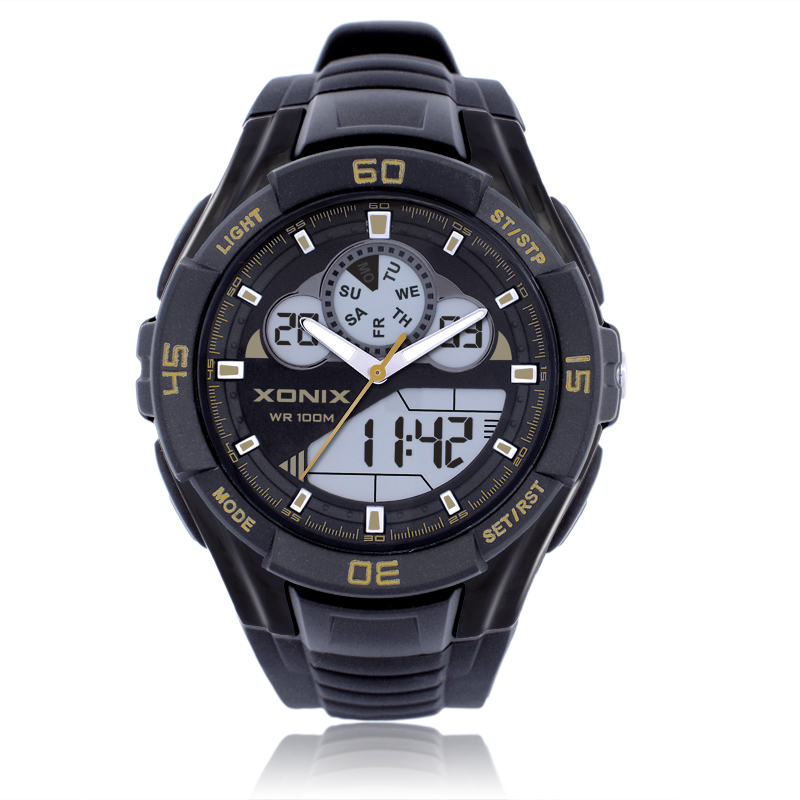 Precise Fashion The New LED Display Outdoor Waterproof Electronic Wrist Watch Male Student Multifunction MA