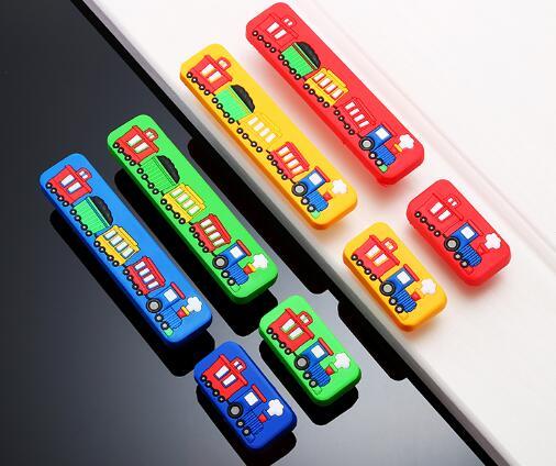 1 Pcs Kids Garderobe Handvat Cartoon Rubber Trein Keuken Kast Lade Knop Kinderen Dresser Pulls Furniture Hardware Druppel Droog