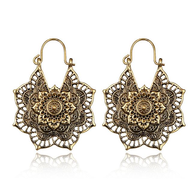 Antique Gold Silver Color Ethnic Hoops Earring for Women Hollow Out Flowers  Retro Earrings Indian Jewelry Aros De Moda 2018 ce2002fbb0f7