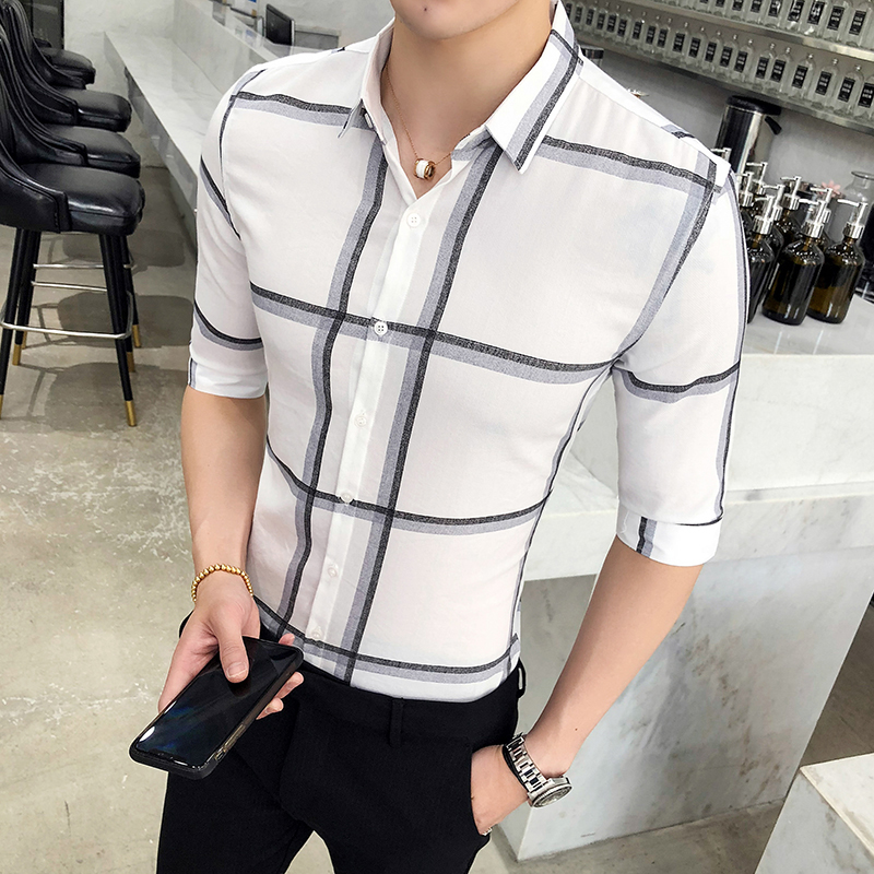 Summer models new British tough guy tide mens Slim five-point sleeve shirt Korean Slim wild hair stylist plaid shirt