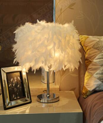 48cm Lighting cozy living room bedroom den creative wedding feather light LED decorative table lamps European shipping zzp feather light feather chandelier lighting bedroom living room chandelier five layers of feathers shipping superden