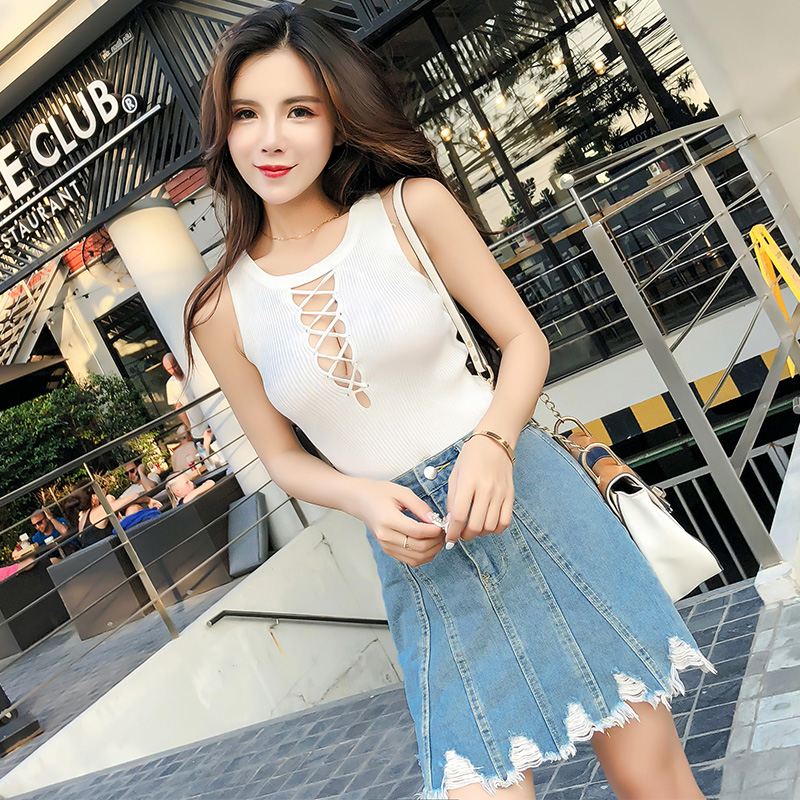 Sexy Hollow Out Crop Top 2018 Girls Frill Tank Top Women Casual Sleeveless Black White Knitted Cropped Tees Female Tops Camis