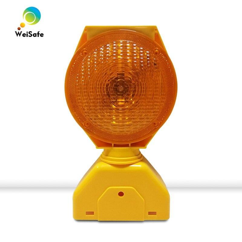 New Deisgn Factory Price High Brightness LED Solar Powered Yellow Traffic Barricade Warning Light Led Traffic Light