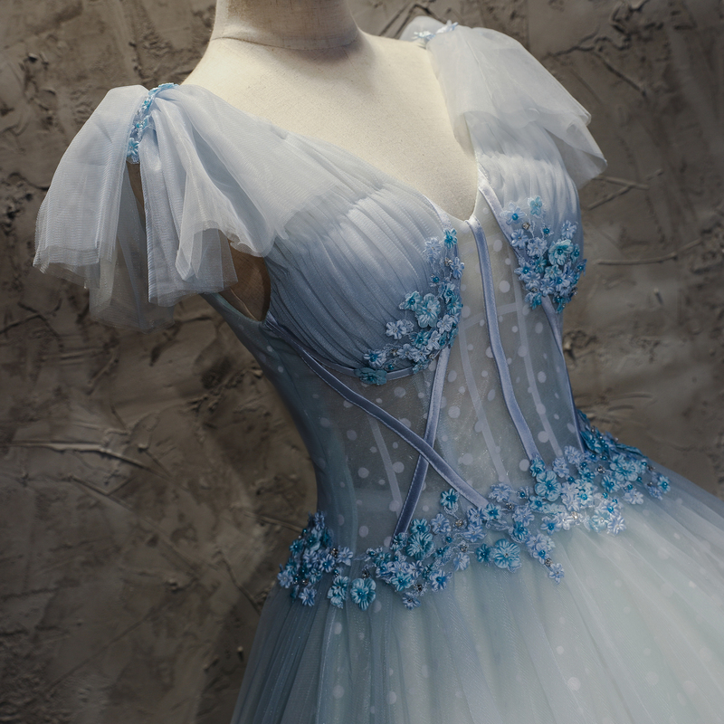 Medieval Renaissance Light Blue And White Gown Dress: 100% Real Cosplay Snow Light Blue Ball Gown Medieval Dress