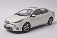 1:18 Diecast Modelo para Toyota Corolla Levin Híbrido 2016 Branco Liga Carro de Brinquedo Em Miniatura Presentes Coleção