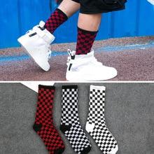 1 pair of Harajuku casual mens socks plaid color trend socks national wind creative sports mens cotton socks