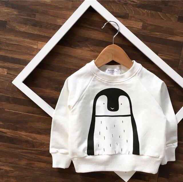 2016 ОСЕНЬ ЗИМА НОВОЕ ПРИБЫТИЕ ДЕТСКИЕ ДЕВУШКИ ОДЕЖДА ДЕТИ пингвин МУЛЬТФИЛЬМ СВИТЕРА VETEMENT ENFANT ДЕТСКАЯ ЗИМНЯЯ Одежда BEBE