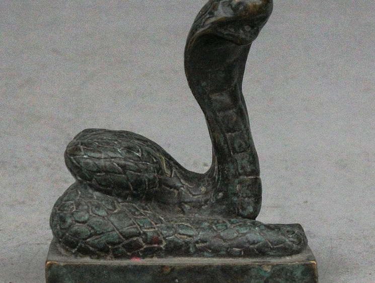 5cm Old China Pure Bronze Zodiac Year Snake Cobra Statue Word Seal Stamp Signet