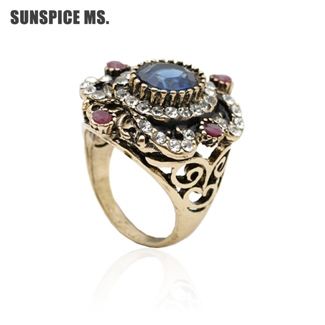 New Indian Women Vintage Ring Antique Gold Color Hollow Flower Ring