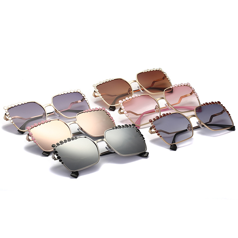 Hot Cool 2017 Square Hip Hop Fashion Brand Designer Sunglasses Women Mirror Sun Glasses Lady Flat Oversized Eyeglasses 369M 4