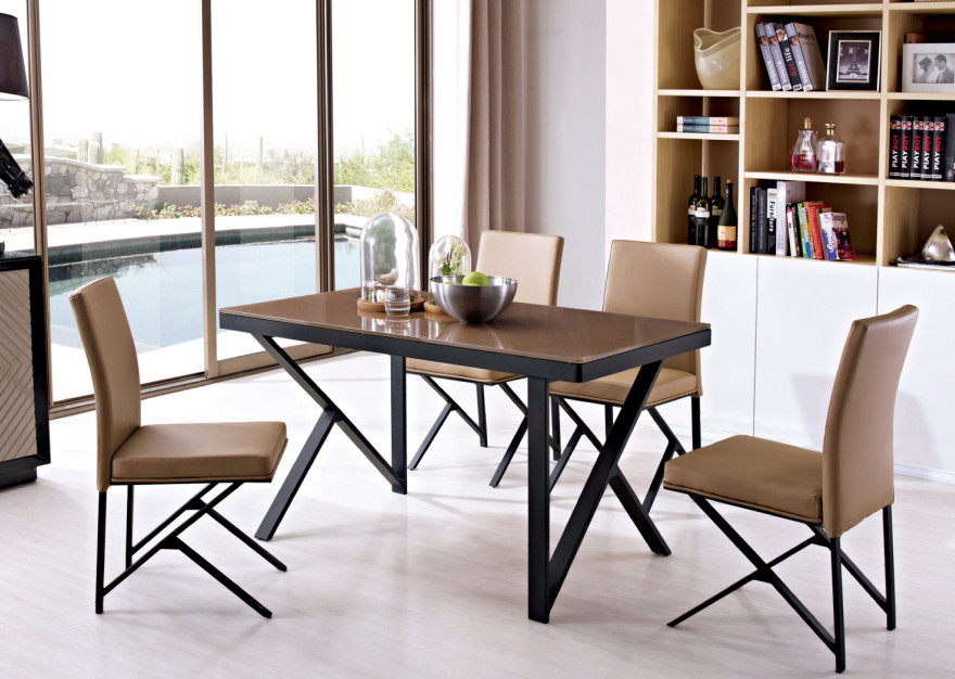 Stainless Steel Leg Oak Wood Top Dining Table