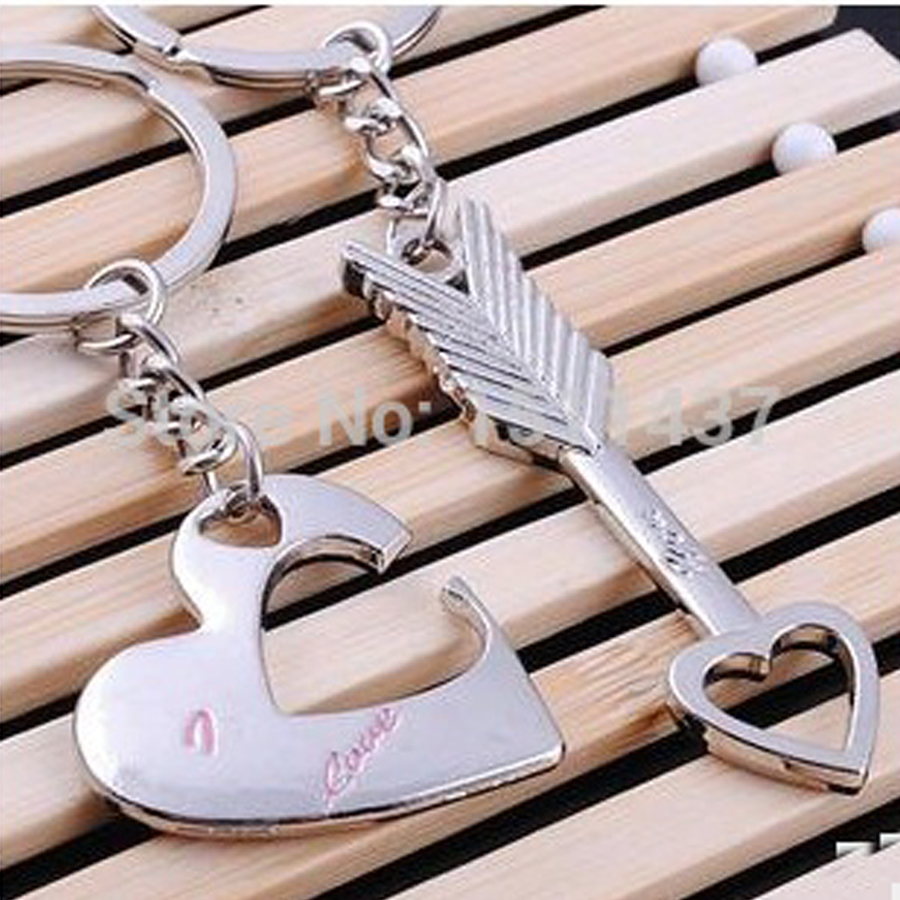 Fashion creative Couples Cupid Jewelry Keychains novelty charm metal trinket couple key ring holder Souvenir Christmas Gifts