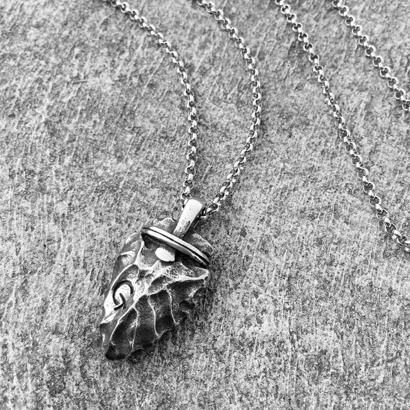 Necklace Men Stainless Steel Necklace for Mens Long Chain Layered Arrowhead Arrow Pendant Necklaces Jewelry Fashion Male Gifts