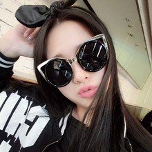 Womens Sunglasses 2017 Brand Designer Retro Vintage Mirror Cat Eye Sunglass Metal Reflective Sun Glasses Eyewear with Box Oculos