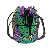 цена на Women Fashion Geometric Color Change Bao Bucket Shoulder Bag Lady Leisure Stylish Korean Luminous Crossbody Chain Crossbody Bags