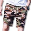 2017 Homens Verão Camuflagem Calções Moletom Outwear Ativo dos homens Moda Casual Fino Se Encaixa Na Altura Do Joelho Calções de Praia Masculino