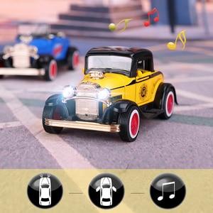 Image 1 - DODOELEPHANT 1:36 Alloy Ziehen Auto Spielzeug Diecast Modell Spielzeug Sound licht Brinquedos Auto Fahrzeug Spielzeug Für Jungen Kinder Geschenk