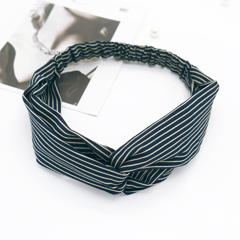 Sale 1PC 2018 New Arrival Korean Version Striped Bow Cloth Knited Elastic Hairband Women Girls Gifts