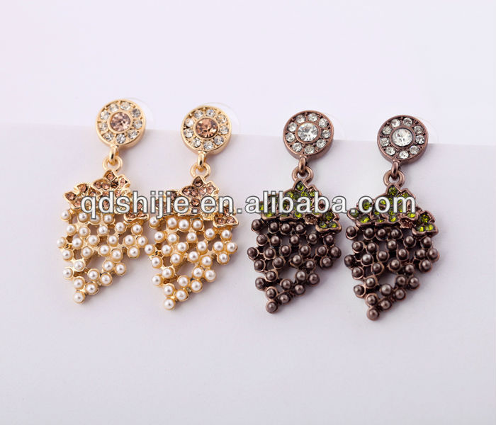Acrylic Beads Grape Pendant Earrings Gold & Brown Color Crystal Fruits Earrings For Women Fashion Jewelry