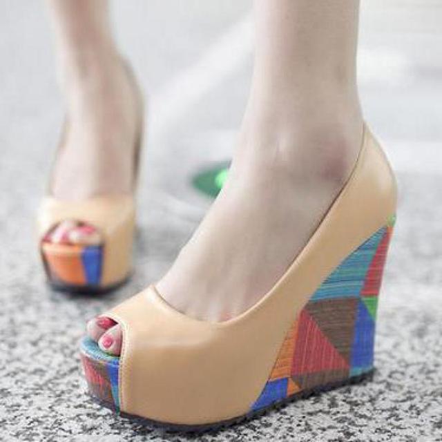 Летом Клин Color Matching женская Обувь Женские открытым носком клинья насосы туфли на высоких каблуках