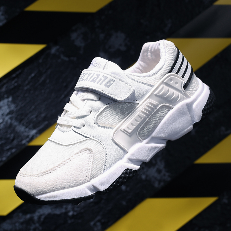 2018 New Kids Sport Shoes Boys Running Shoes Childrens Outdoor Walking Shoe Lightweight Kids Sneakers for School Black White