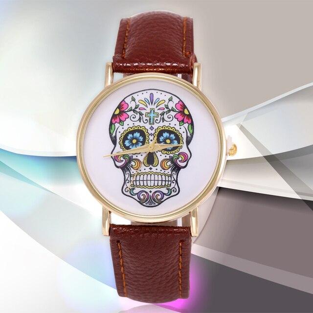 2015 New Fashion Geneva casual Skull Watch Ladies Golden quartz Watch women dress wristwatch girl's gift relogio feminino