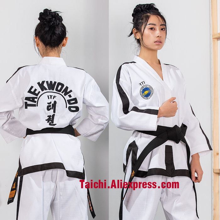 The high-end ITF full cardigan normal adult long sleeved doboks full stitch Taekwondo clothes