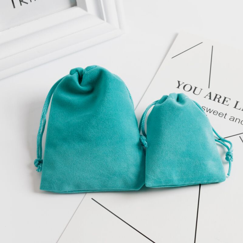 10Pcs/lot 7x9 9x12 Lake Blue Soft Velvet Bag Jewelry Earring Packing Bags Christmas Wedding Velvet Drawstring Gift Bags Pouches
