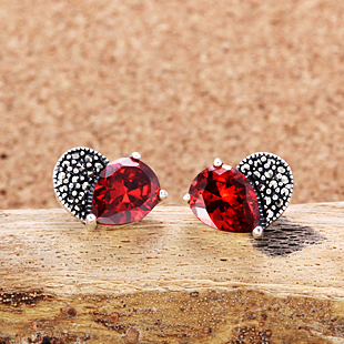 girlfriend gift Natural semi-precious stones 925 Sterling Silver Vintage Garnet love stud Earrings heart-shaped female dependent