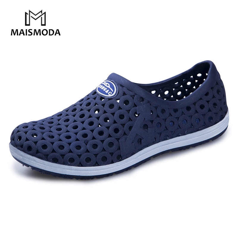 6a0657947 MAISMODA Summer Men Fashion Flats Hollow Out Hole Beach Breathable Sandals  Light Casual Beach Shoes Soft